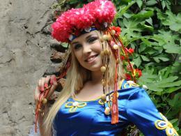 Българка топ модел на корица с Тайра Банкс
