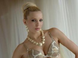 Катя Дунева: Всъщност, най-много се харесвам без дрехи