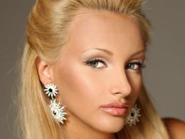 Да подкрепим Юлия Юревич на Мис Свят