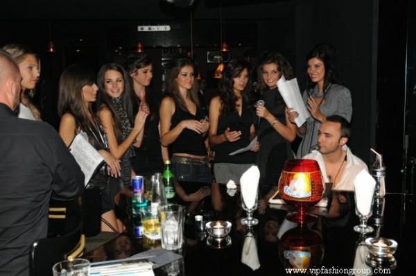 """Моделите на VIP Fashion Group бяха   специални гости на парти в пиано-бар """"Буковски"""""""