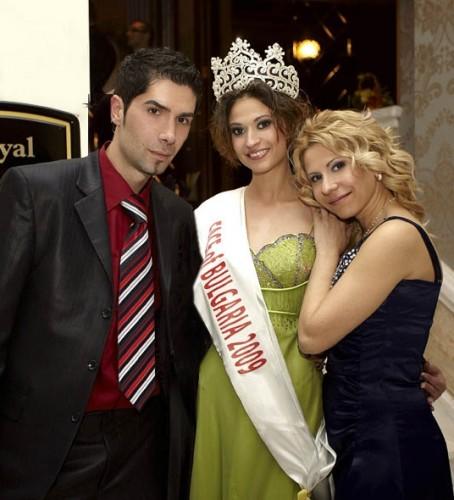 ES line Models даде началото на кастинга за конкурса Face of Bulgaria