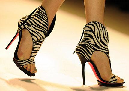 Обувки, обувки... Мания за обувки