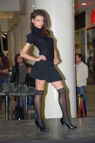 Нестандартни денс ревюта представиха новите колекции за сезон есен-зима 2010/2011 на водещите марки в МОЛ ВАРНА