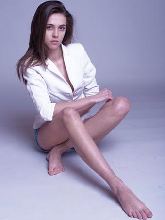 Бетина, новото лице на Соно моделс,  с прекрасни нови снимки